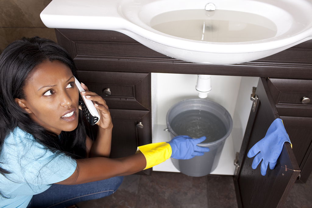 Experience a Plumbing Fail? How to Fix It and When to Call a Pro