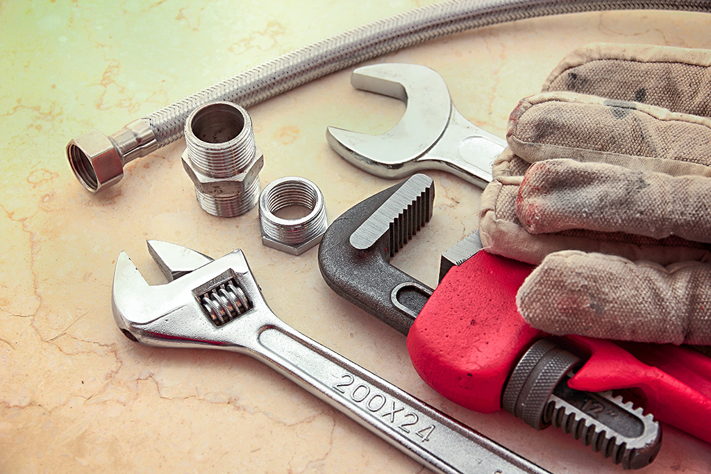 10 Plumbing Tools You Should Always Have On-Hand